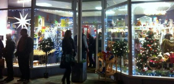 (English) Llandeilo Late Night Shopping December 6th