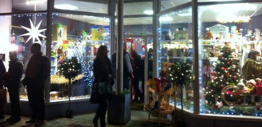 Llandeilo Late Night Shopping December 6th